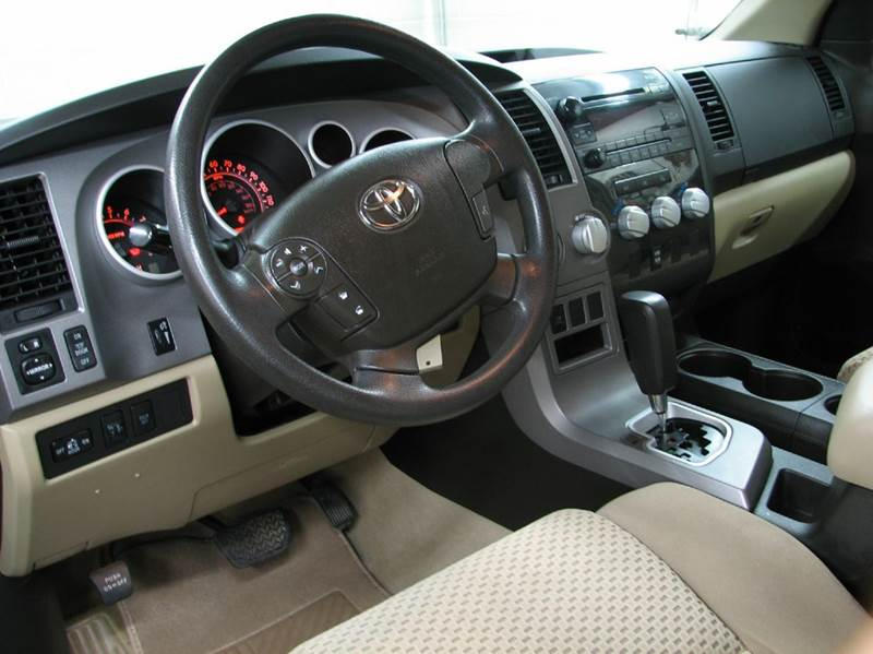2010 Toyota Tundra Grade 4x4 4dr Double Cab Pickup SB (4.6L V8) - Loveland OH