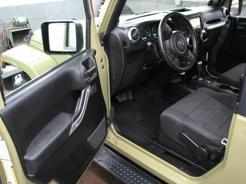 2013 Jeep Wrangler Sahara 4x4 2dr SUV - Loveland OH