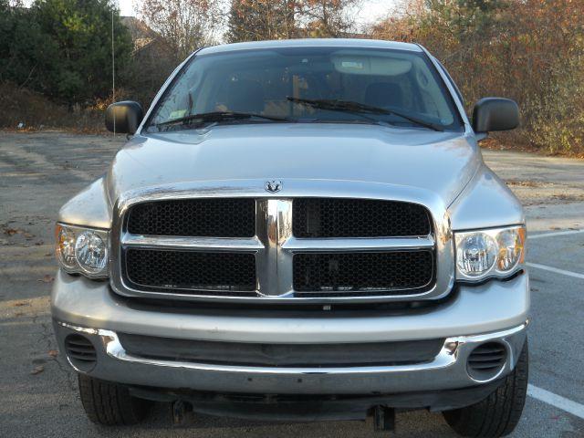 2005 Dodge Ram Pickup 2500