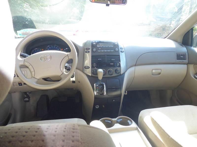 2008 Toyota Sienna LE 7-Passenger 4dr Mini-Van - Matthews NC