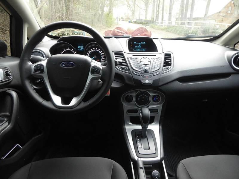 2016 Ford Fiesta SE 4dr Sedan - Matthews NC