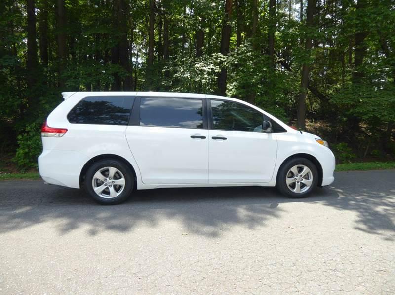 2013 Toyota Sienna L 7-Passenger 4dr Mini-Van - Monroe NC