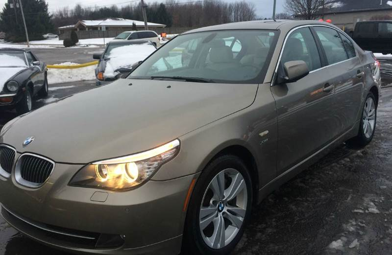 2010 BMW 5 Series AWD 528i xDrive 4dr Sedan - Canfield OH