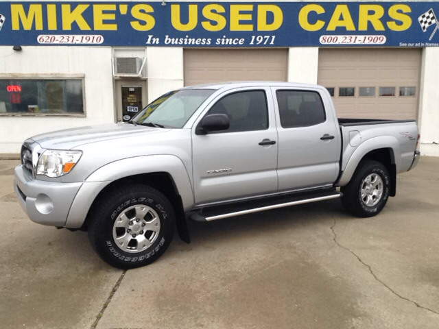 2009 toyota tacoma prerunner v6 4x2 4dr double cab 5 0 ft sb 5a in pittsburg ks mikes used cars. Black Bedroom Furniture Sets. Home Design Ideas