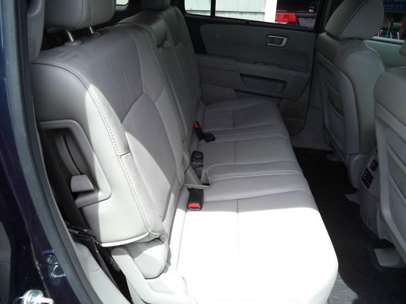 2011 Honda Pilot 4x4 Touring 4dr SUV - Kingston NH