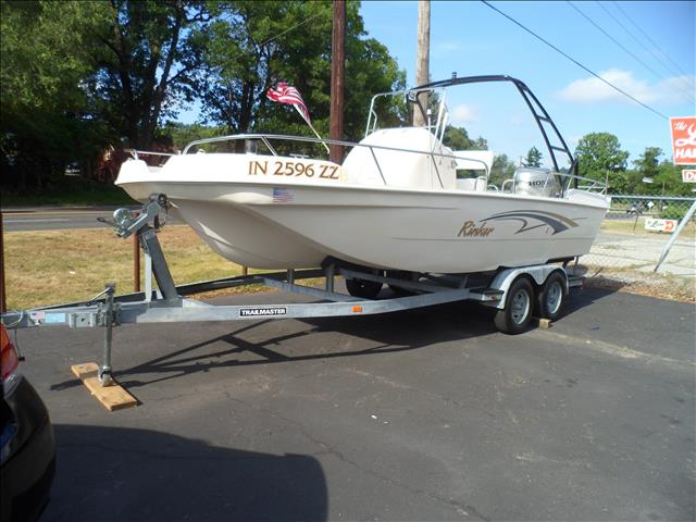 2001 RINKER CENTER FISH BOAT