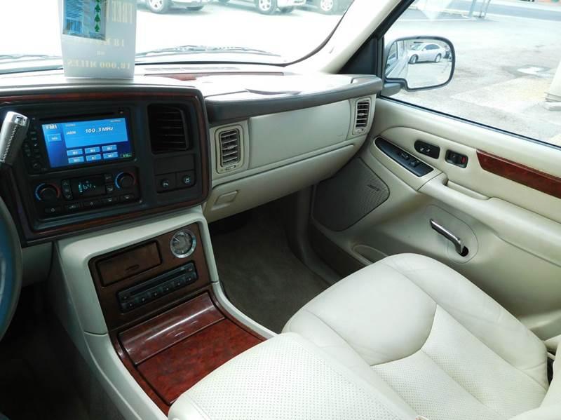 2006 Cadillac Escalade  4dr SUV - San Antonio TX