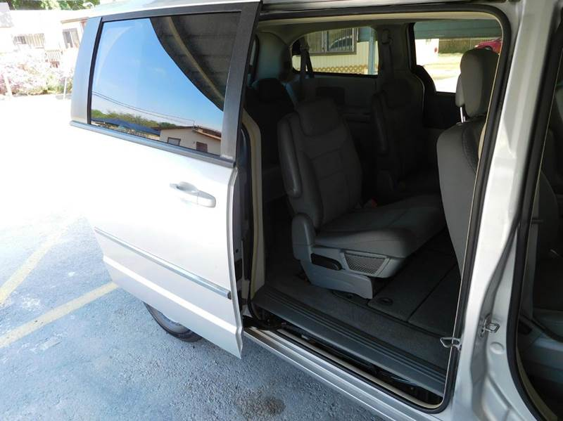 2010 Dodge Grand Caravan SXT 4dr Mini Van - San Antonio TX