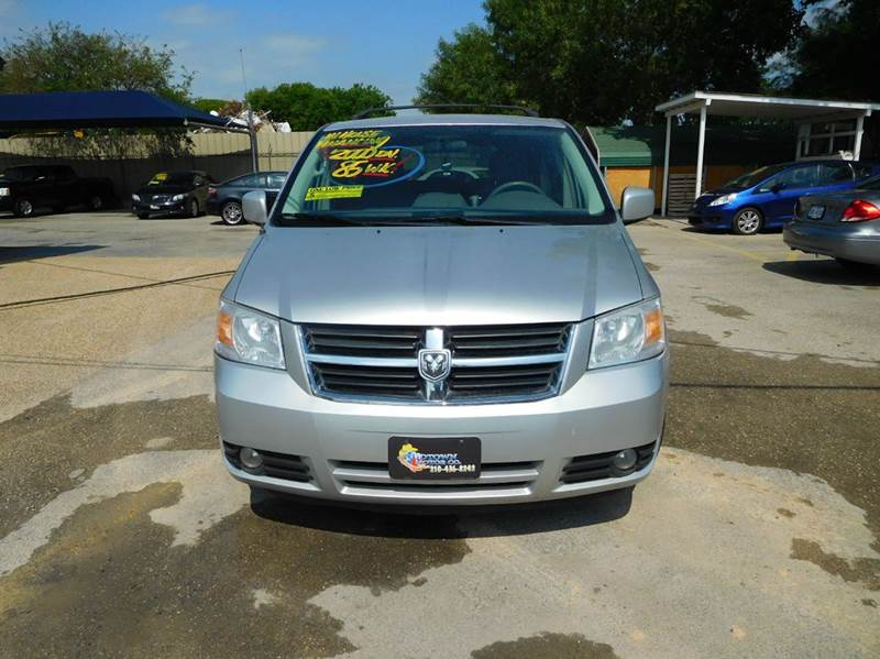 2010 Dodge Grand Caravan SXT 4dr Mini Van - San Antonio TX