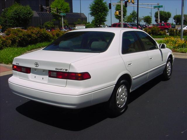 1997 toyota camry le for sale in springfield billings bois. Black Bedroom Furniture Sets. Home Design Ideas