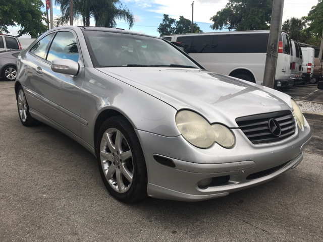 2004 mercedes benz c class c230 kompressor 2dr coupe in for Mercedes benz hollywood fl
