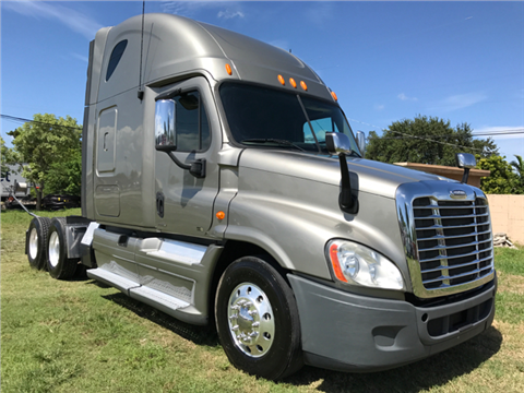 2012 Freightliner Cascadia for sale in Hollywood, FL