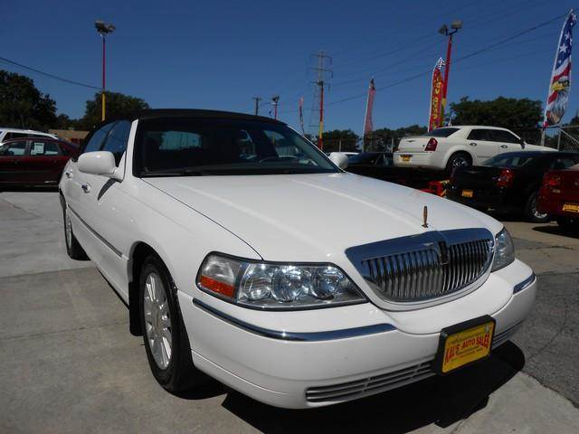 2004 Lincoln Town Car for sale in Detroit MI