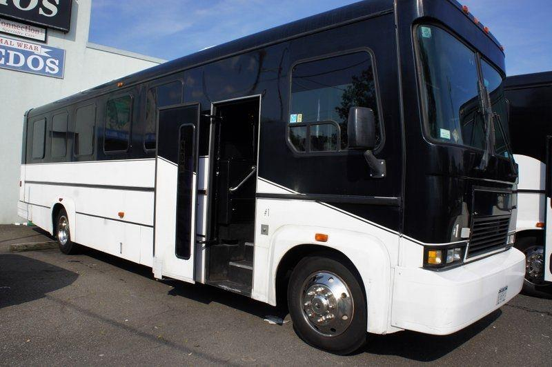 2001 Freightliner PARTY BUS