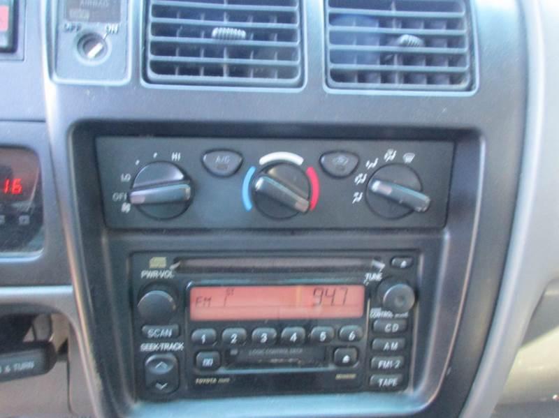 2002 Toyota Tacoma V6 2dr Xtracab 4WD SB - Raleigh NC