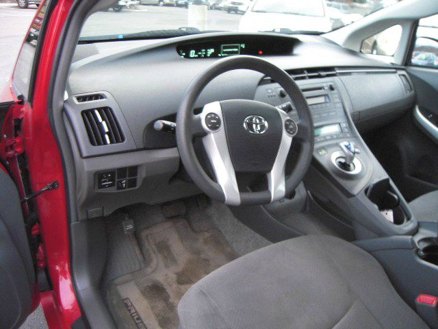 2010 Toyota Prius III 4dr Hatchback - Branchville NJ