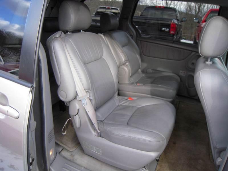 2004 Toyota Sienna XLE 7-Passenger 4dr Mini-Van - Branchville NJ