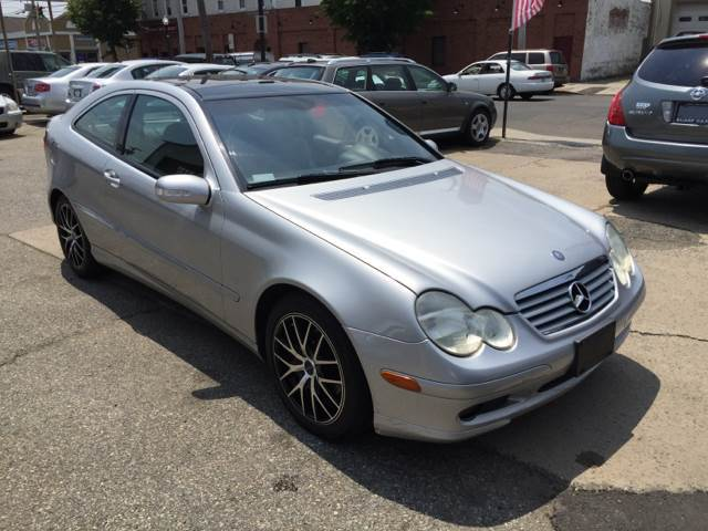2004 mercedes benz c class c230 kompressor 2dr coupe in for 2004 mercedes benz c class hatchback
