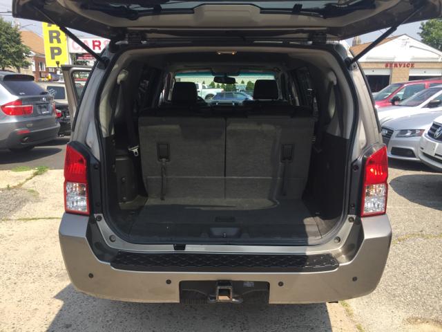 2006 Nissan Pathfinder SE 4dr SUV 4WD - Bridgeport CT