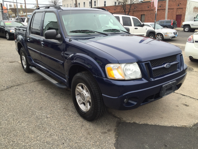 2004 ford explorer sport trac xlt 4dr 4wd crew cab sb in bridgeport ct sharp cars. Black Bedroom Furniture Sets. Home Design Ideas