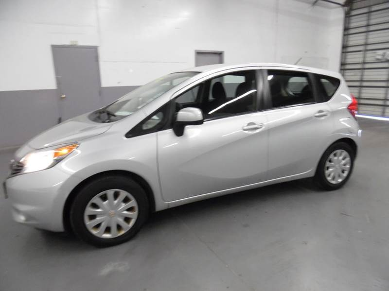 2014 NISSAN VERSA NOTE SV 4DR HATCHBACK silver need financing we can help call now  call today