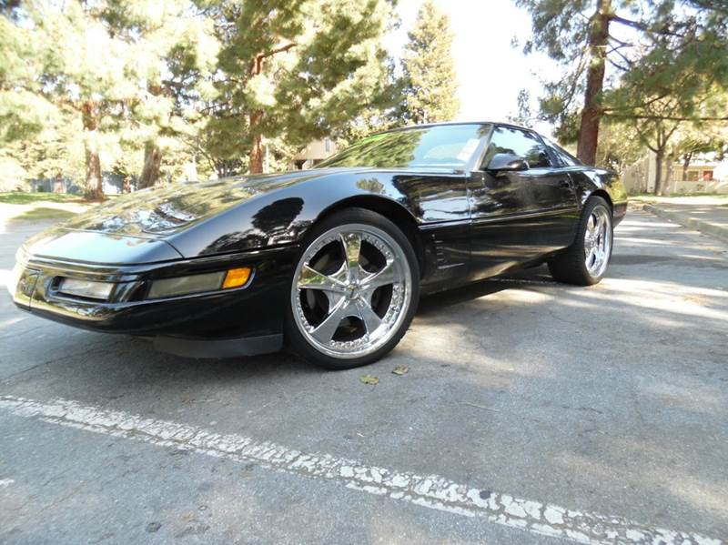 1995 CHEVROLET CORVETTE BASE 2DR HATCHBACK black need financing we can help call now  call tod