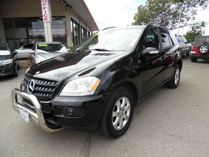 2006 MERCEDES-BENZ M-CLASS ML350 AWD 4MATIC 4DR SUV black need financing we can help call now