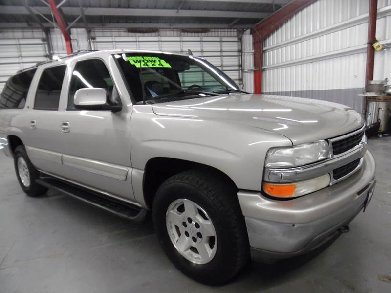 2006 CHEVROLET SUBURBAN LT 1500 4DR SUV 4WD gold need financing we can help call now  call tod