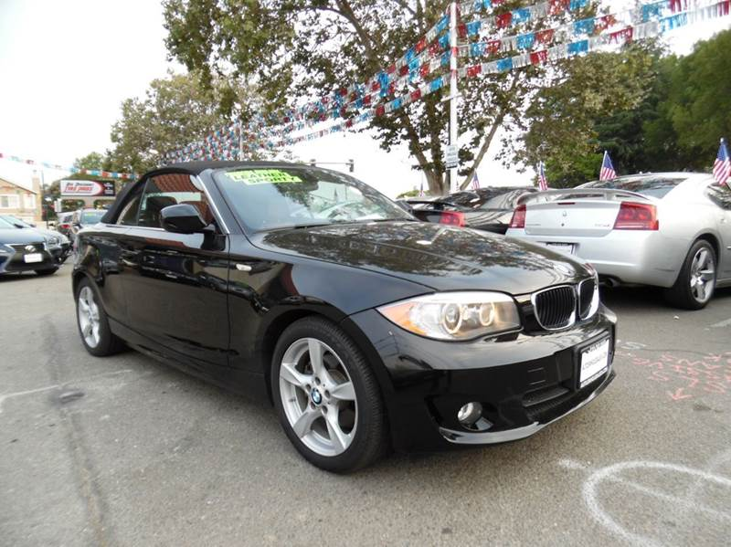 2012 BMW 1 SERIES 128I 2DR CONVERTIBLE SULEV black need financing we can help call now  call t