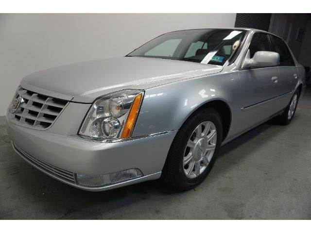 2010 CADILLAC DTS 46L V8 4DR SEDAN silver need financing we can help call now  call today  c