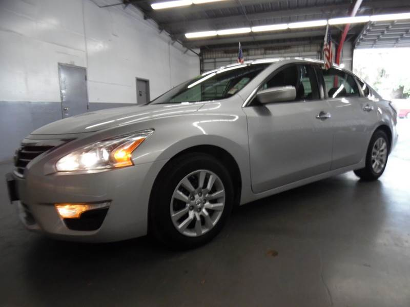 2013 NISSAN ALTIMA 25 S 4DR SEDAN silver need financing we can help call now  call today  ca