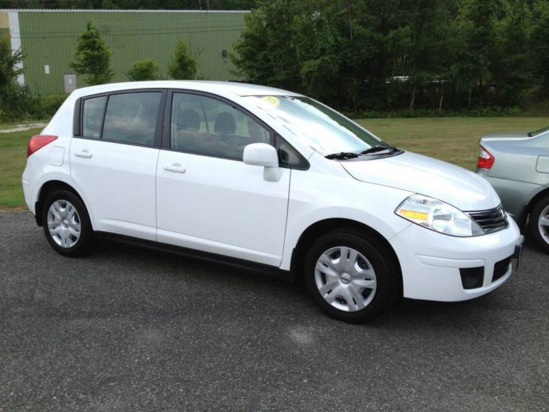2014 NISSAN VERSA NOTE SV 4DR HATCHBACK white certified pre-owned  need financing we can help
