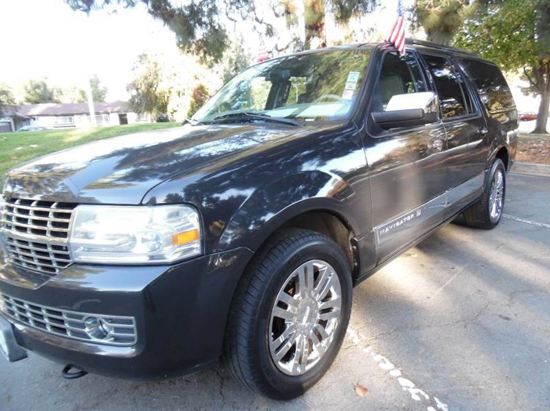 2007 LINCOLN NAVIGATOR L LUXURY 4DR SUV black need financing we can help call now  call today