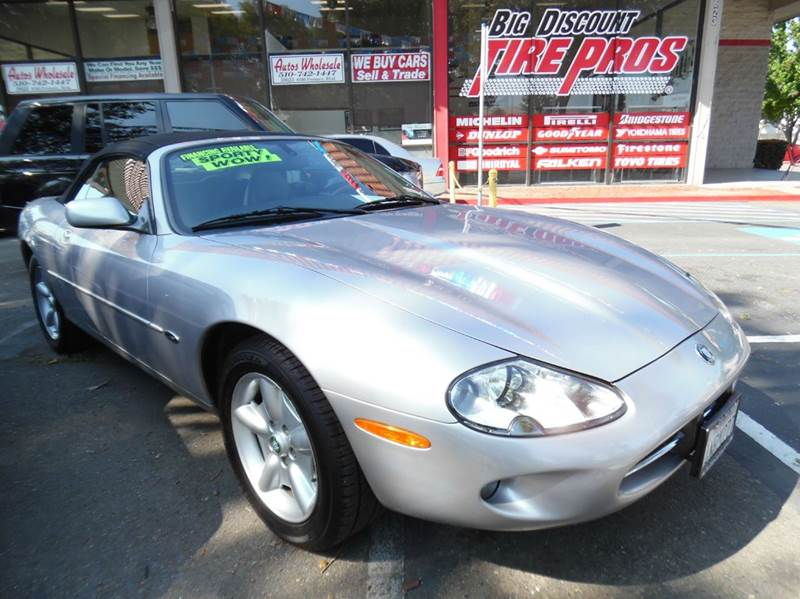 2000 JAGUAR XK-SERIES XK8 2DR CONVERTIBLE silver need financing we can help call now  call tod