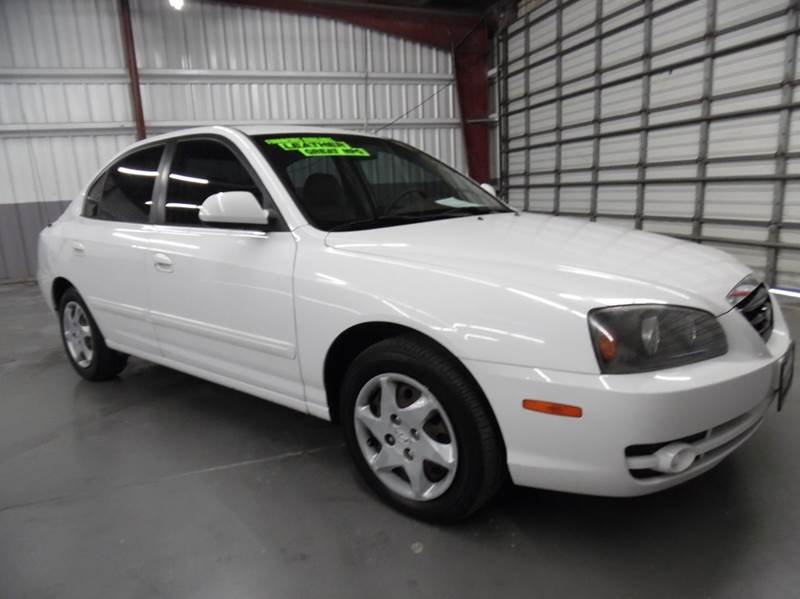 2005 HYUNDAI ELANTRA GLS 4DR SEDAN white need financing we can help call now  call today  cal