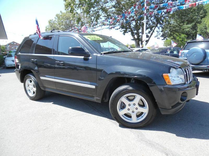 2005 JEEP GRAND CHEROKEE LIMITED 4DR 4WD SUV black need financing we can help call now  call t