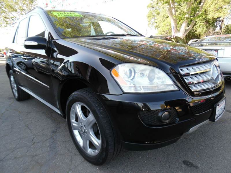 2008 MERCEDES-BENZ M-CLASS ML350 AWD 4MATIC 4DR SUV black need financing we can help call now