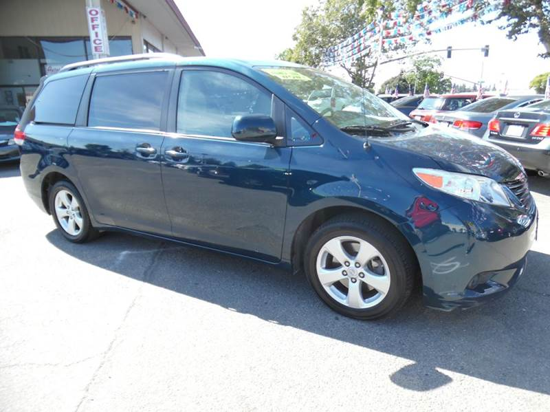 2011 TOYOTA SIENNA LE 8-PASSENGER 4DR MINI VAN V6 blue need financing we can help call now  cal