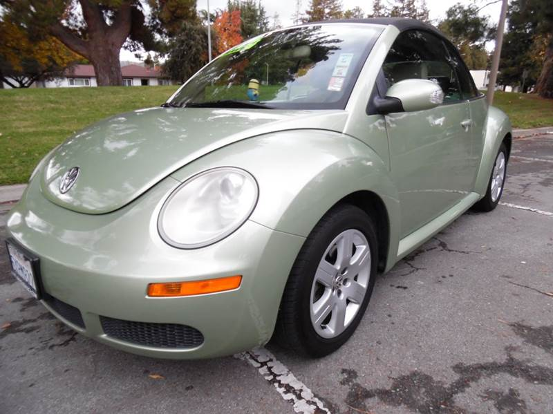 2007 VOLKSWAGEN NEW BEETLE 25 PZEV 2DR CONVERTIBLE 25L I light green need financing we can he