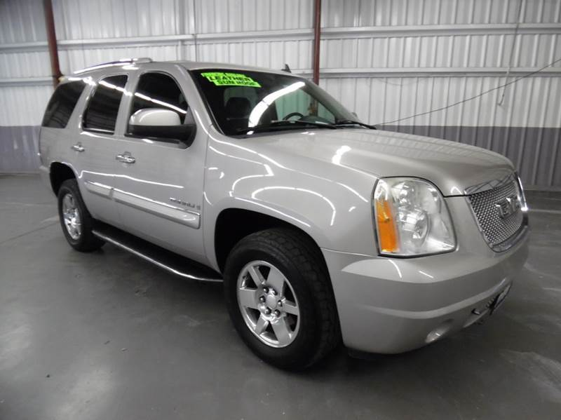 2007 GMC YUKON DENALI AWD 4DR SUV gold need financing we can help call now  call today  call t
