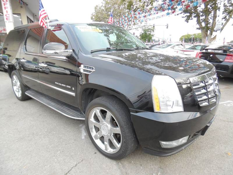 2008 CADILLAC ESCALADE ESV BASE AWD 4DR SUV black need financing we can help call now  call tod