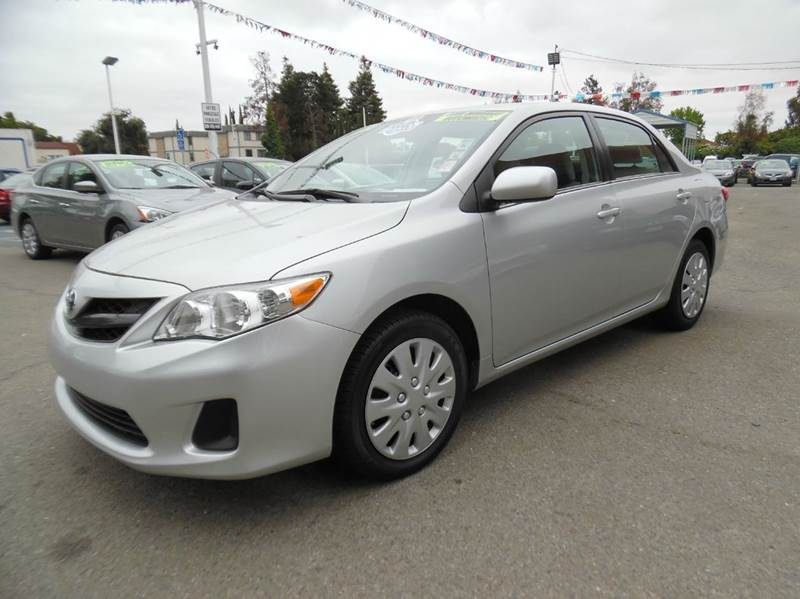 2013 TOYOTA COROLLA LE 4DR SEDAN 4A silver need financing we can help call now  call today  c