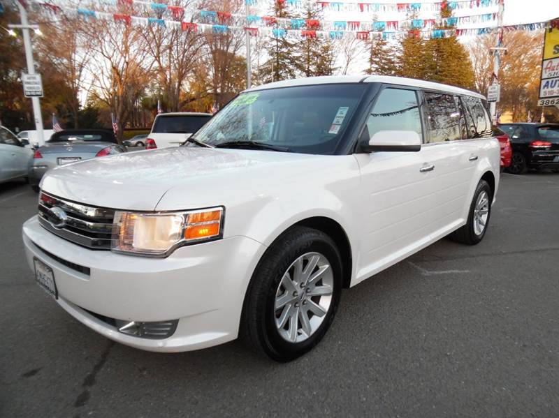 2010 FORD FLEX SEL 4DR CROSSOVER pearl white need financing we can help call now  call today
