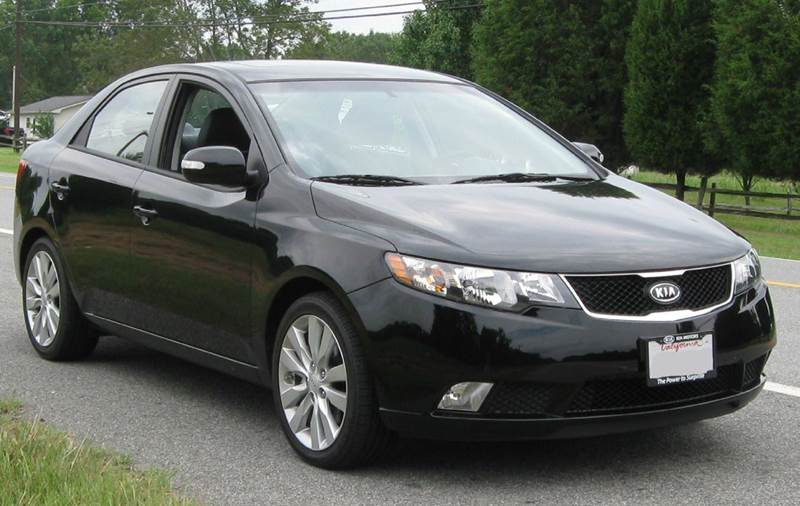 2013 KIA FORTE EX 4DR SEDAN black need financing we can help call now  call today  call the o