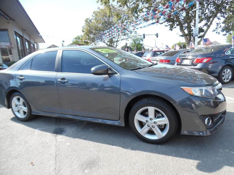 2012 TOYOTA CAMRY SE 4DR SEDAN gray need financing we can help call now  call today  call the
