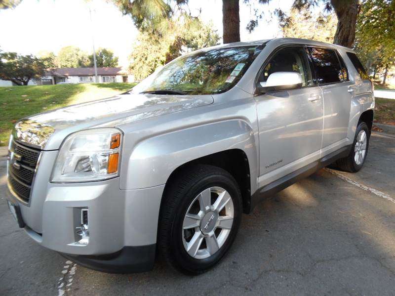 2010 GMC TERRAIN SLE-1 4DR SUV silver need financing we can help call now  call today  call t