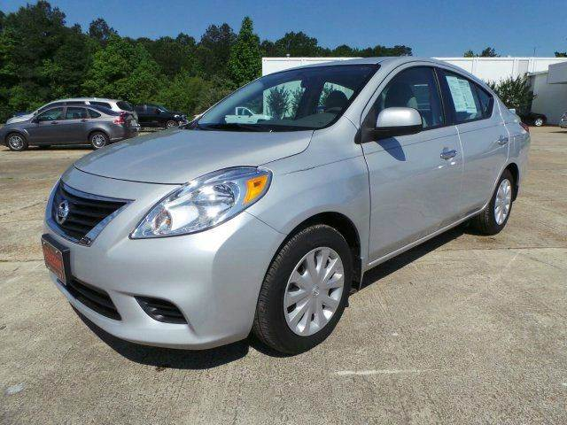 2015 NISSAN VERSA 16 SV 4DR SEDAN silver need financing we can help call now  call today  cal