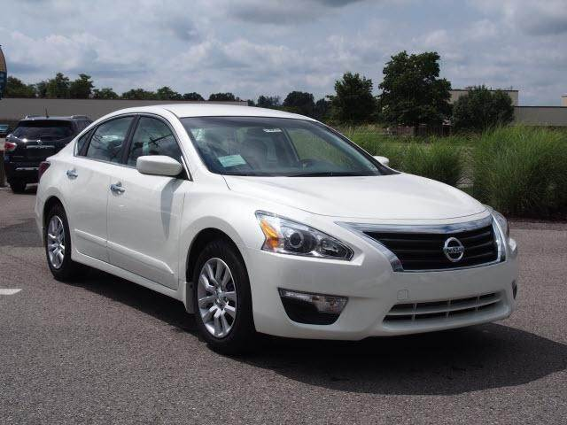 2015 NISSAN ALTIMA 25 S 4DR SEDAN white need financing we can help call now  call today  call