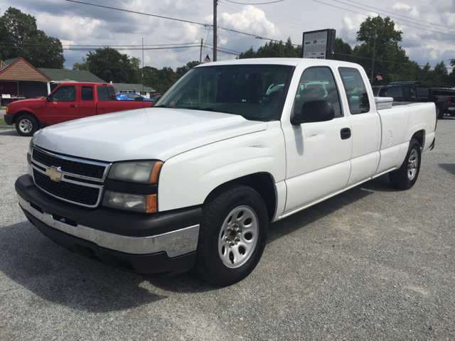 2007 chevrolet silverado 1500 classic work truck 4dr extended cab 8 ft lb in fuquay angier. Black Bedroom Furniture Sets. Home Design Ideas