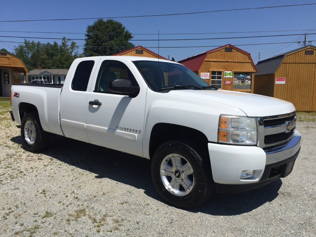 2007 Chevrolet Silverado 1500 LT1 4dr Extended Cab 4WD 5.8 ft. SB - Angier NC